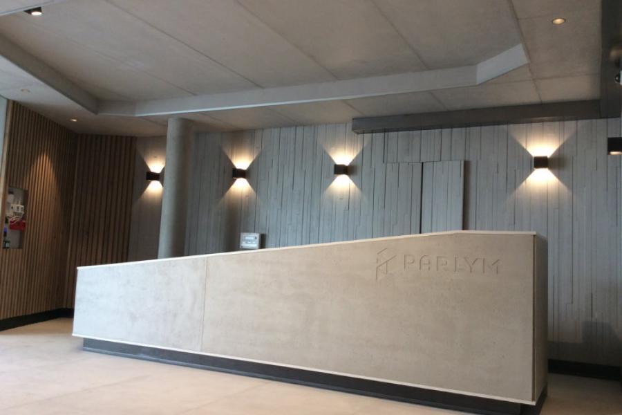 Hall d'accueil d'une societé industrielle basée à Marseille